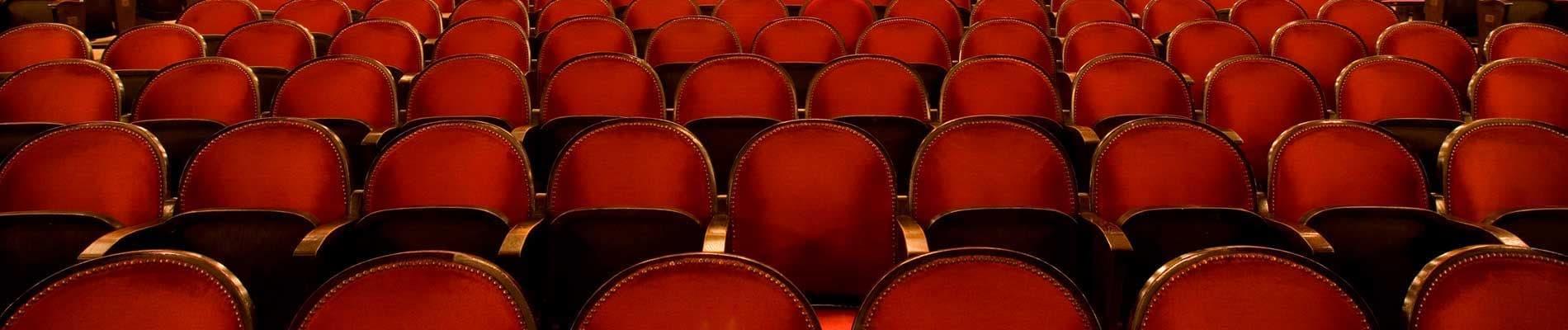 Interpretación, escenografía y dirección teatral