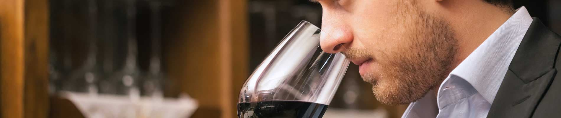 Sommeliers i tast de vins